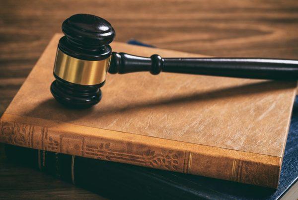 Änderungsrecht Mitstifter